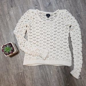 American Eagle * Cream Loose Knit Sweater Sz M